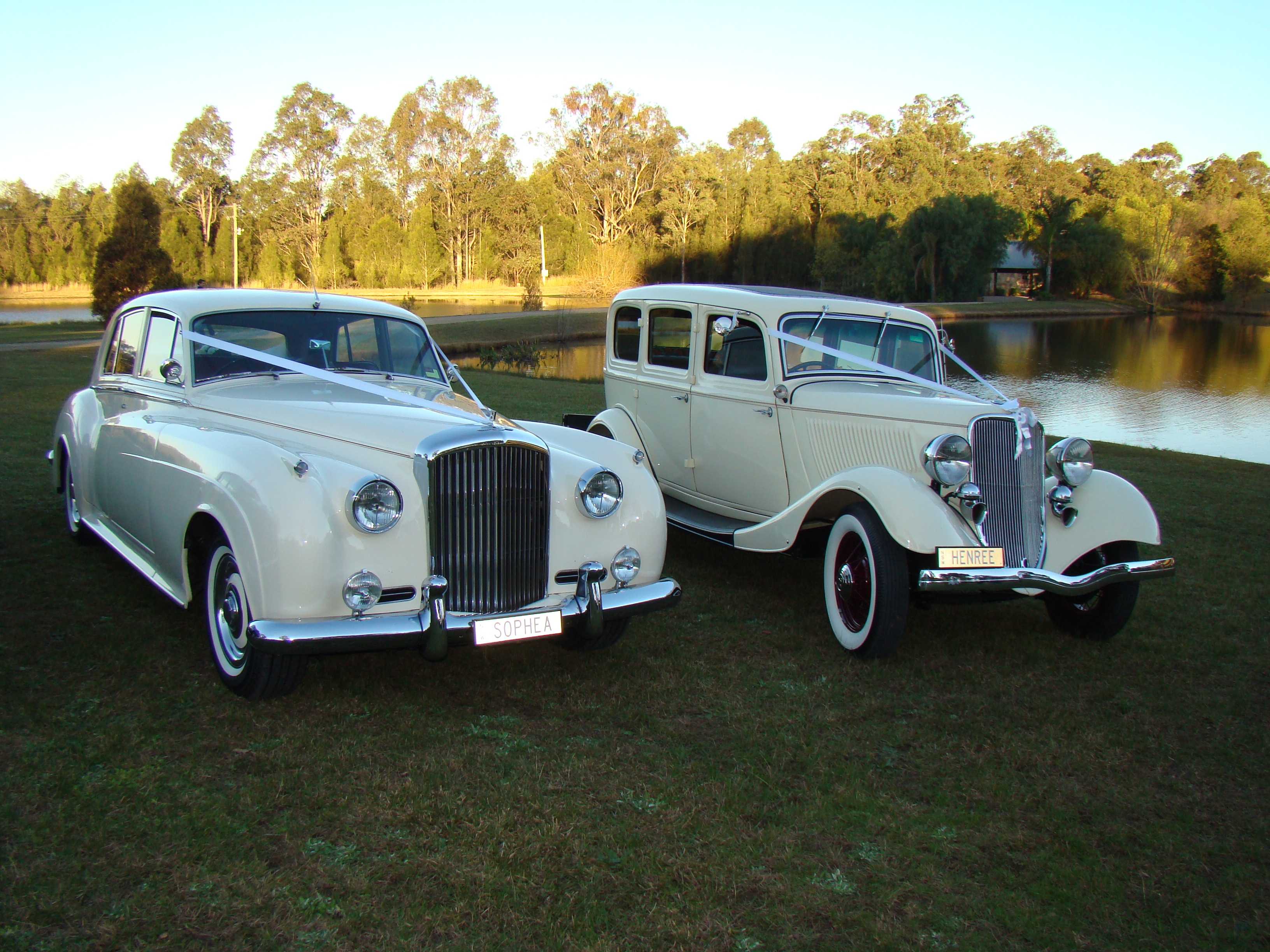 Exclusive Vintage Wedding Cars
